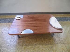 tavolino in mogano